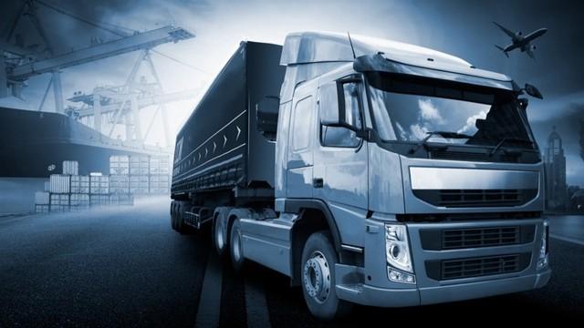 Услуги по перевозке грузов в Кингисеппе и ЛО